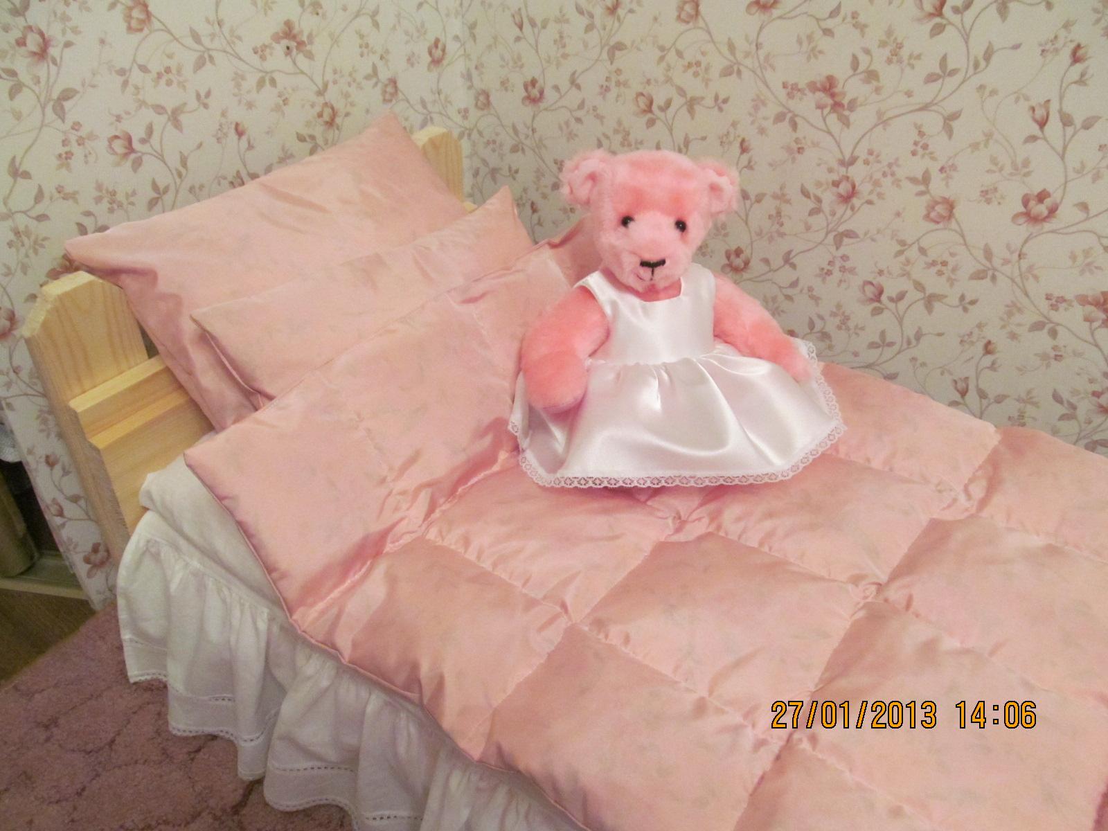Из чего сшить подушку для куклы
